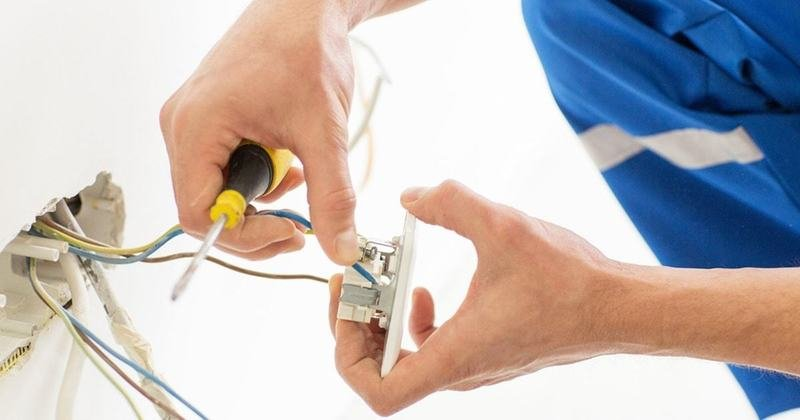8 κοινά προβλήματα με τις ηλεκτρικές πρίζες